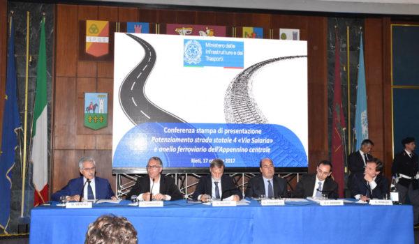 Il Ministro Del Rio: progetti ed interventi concreti