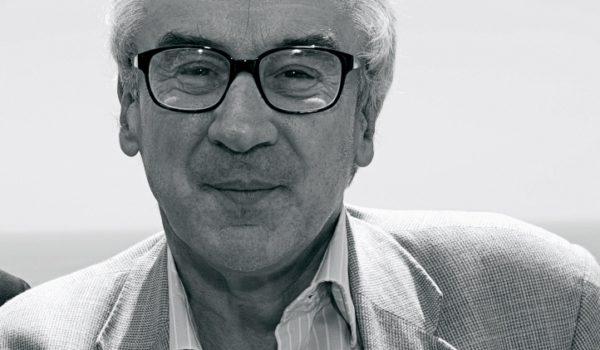 """""""Un mondo di mondi alla ricerca di vita intelligente nell' universo """" di Giulio Gorelli"""