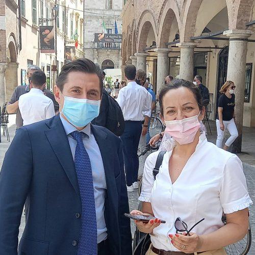 Sindaco Fioravanti e la giornalista Pina Calisti